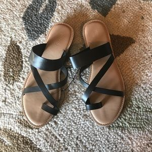 Forever 21 classic black/tan strappy sandals